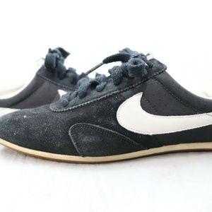 Womens Nike Pre Montreal Racer Vintage Style Black